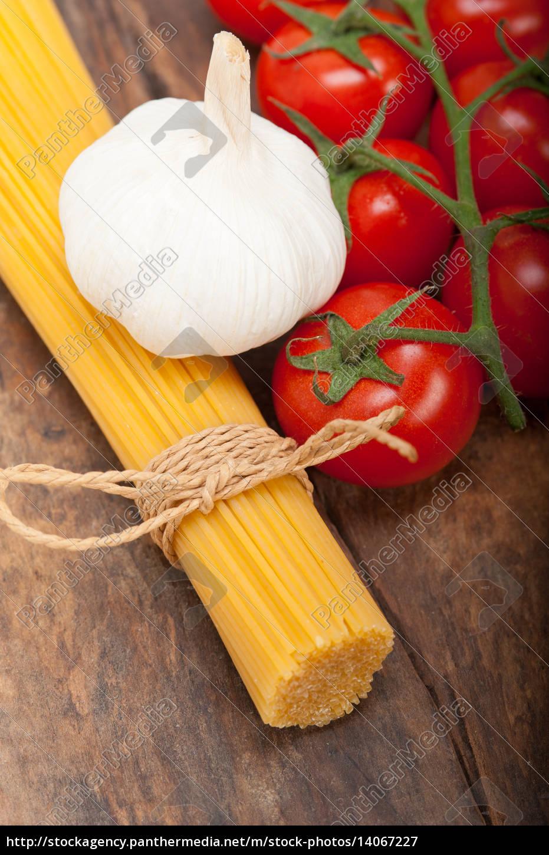 italian, basic, pasta, ingredients - 14067227