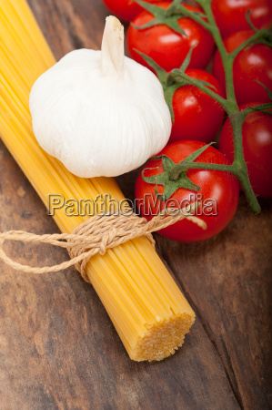 italian, basic, pasta, ingredients - 14067227