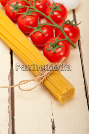 italian, basic, pasta, ingredients - 14067241