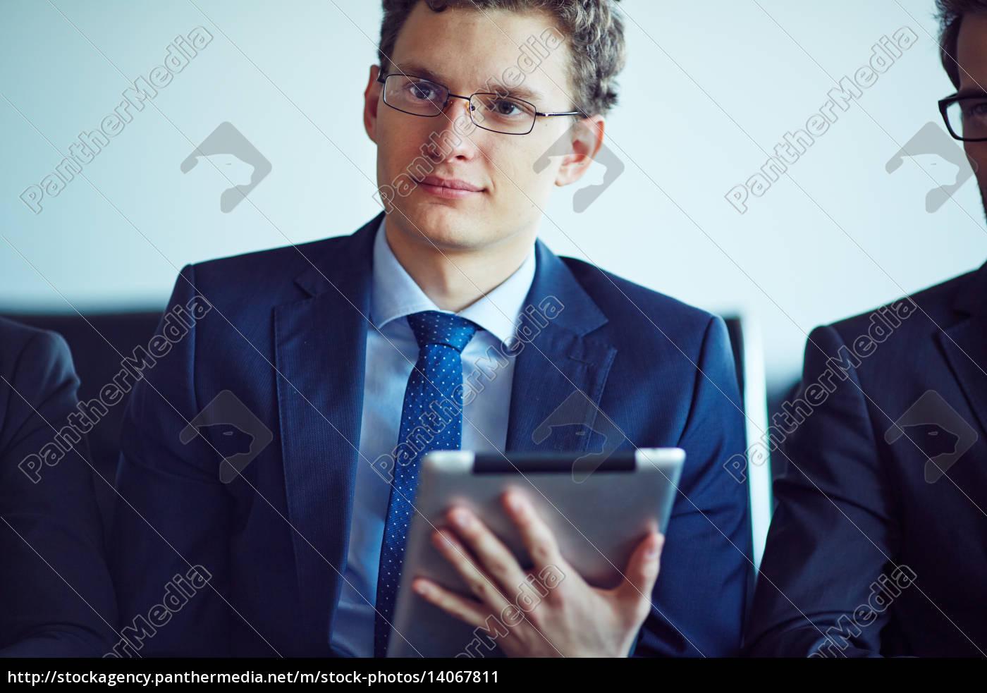 young, employee - 14067811