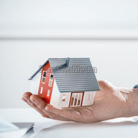 casa construccion mano hogar de seguros