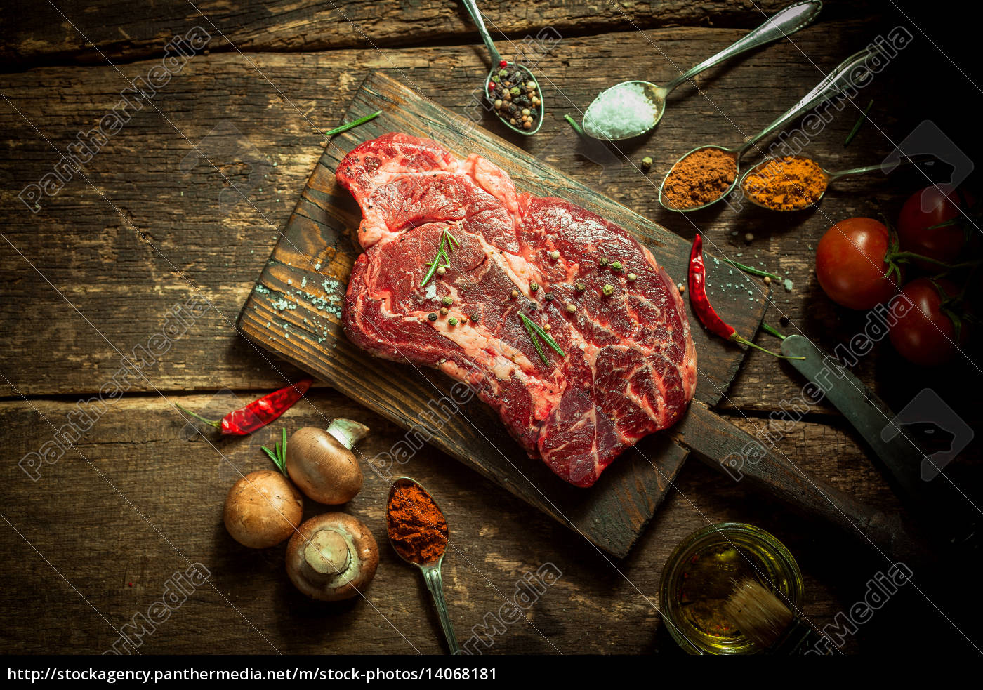 uncooked, meat, with, herbs, and, spices - 14068181