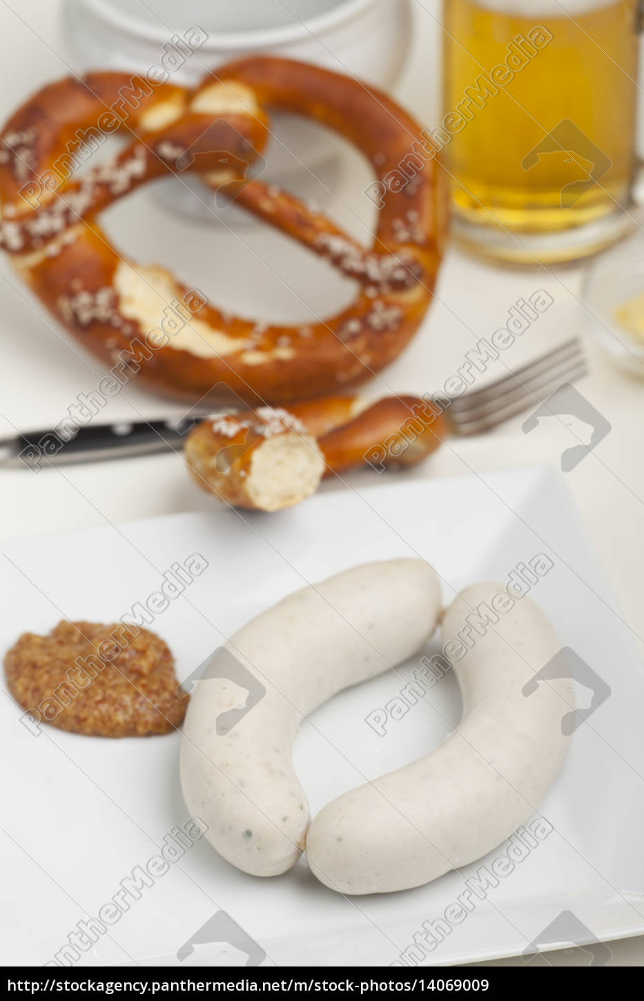 bavarian, veal, sausage, with, mustard - 14069009