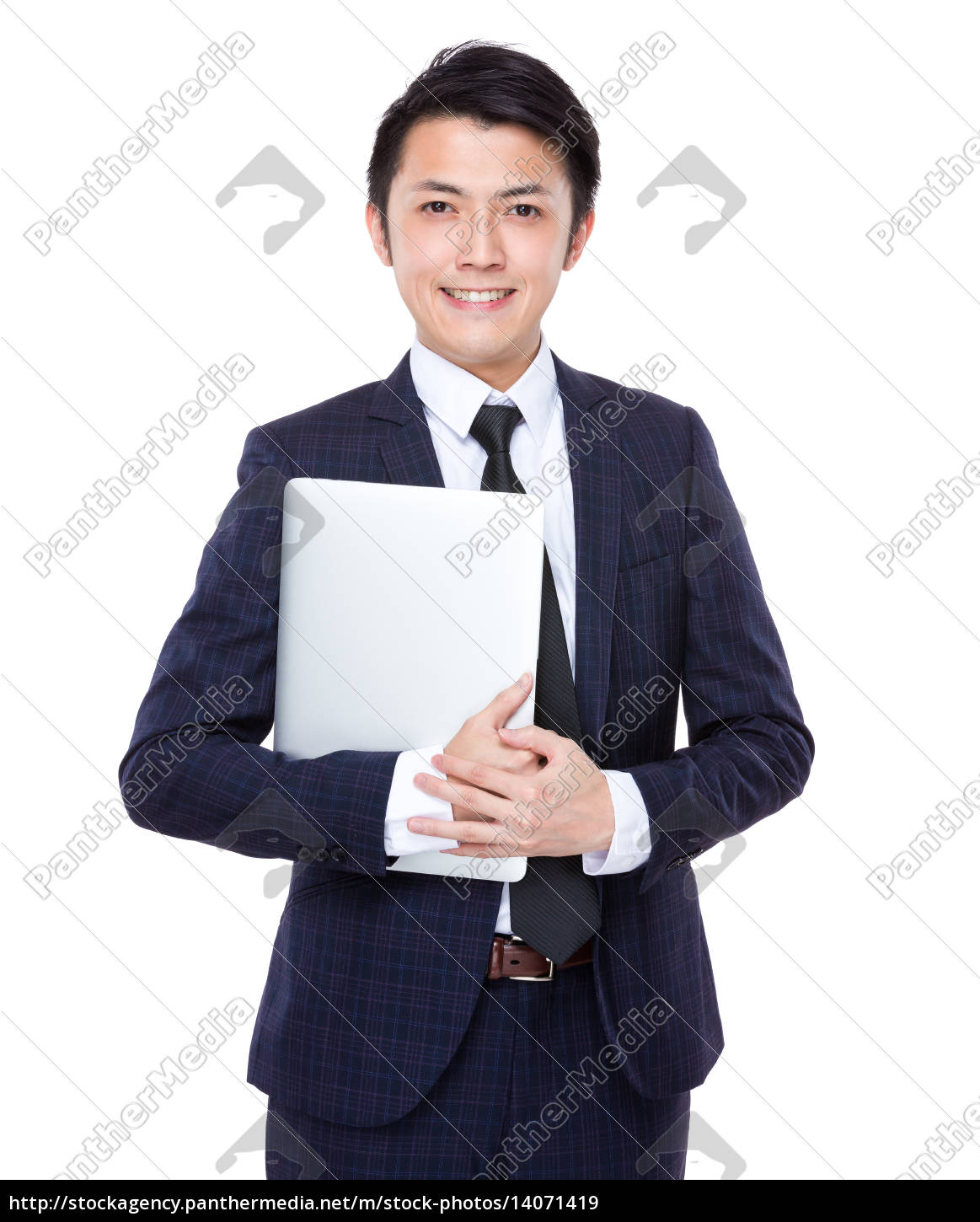 asian, businessman, with, laptop - 14071419