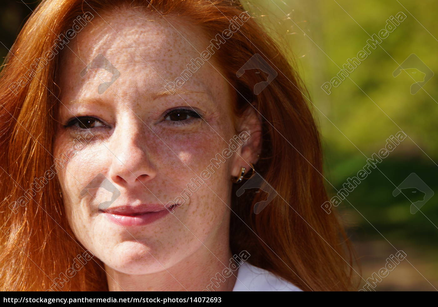 portrait, of, a, young, red-haired, woman - 14072693