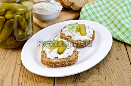 sandwich, with, cream, and, pickles, on - 14075053