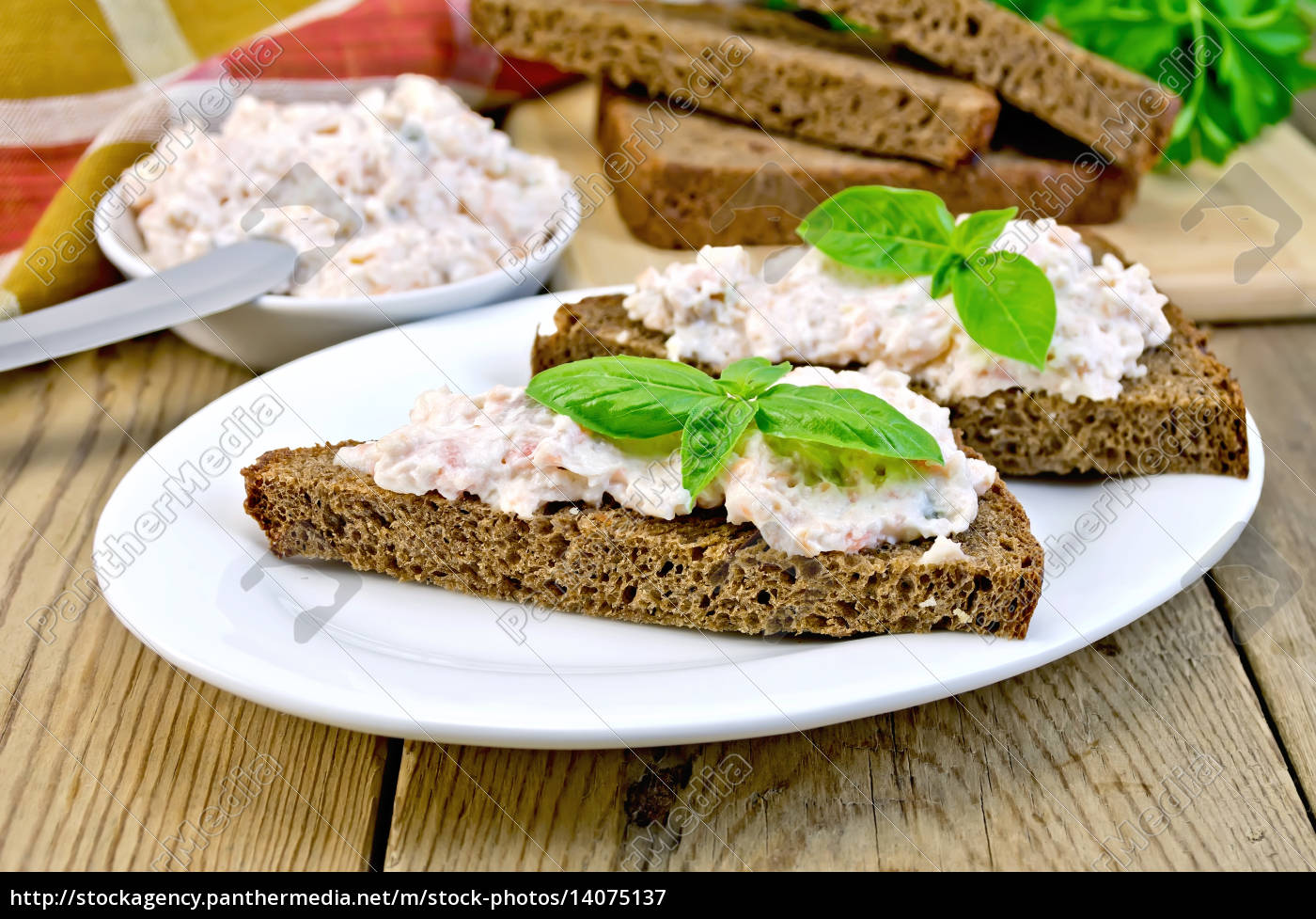 sandwiches, with, cream, of, salmon, and - 14075137