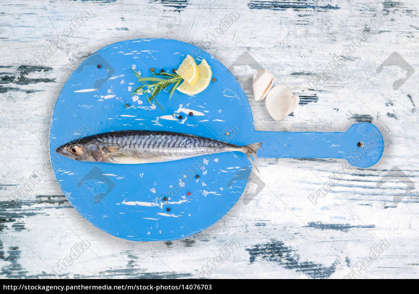 mackerel, on, wooden, table. - 14076703