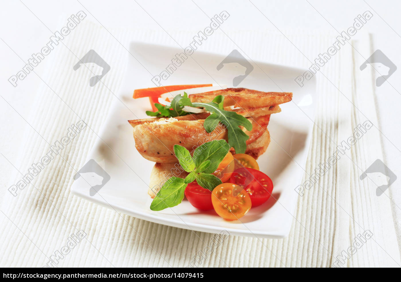 chicken, meat, and, crispy, bread - 14079415