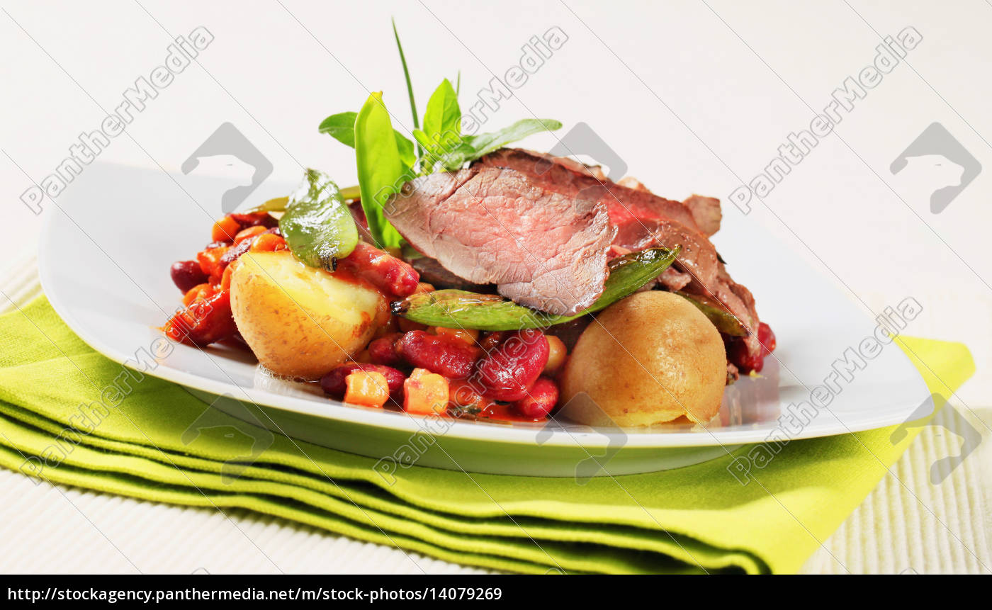 roast, beef, with, red, beans, and - 14079269