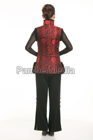 wearing, chinese, clothing, waiter, in, front - 14081299