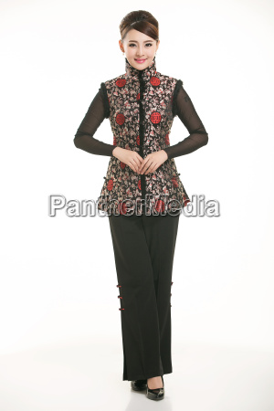 wearing, chinese, clothing, waiter, in, front - 14081321