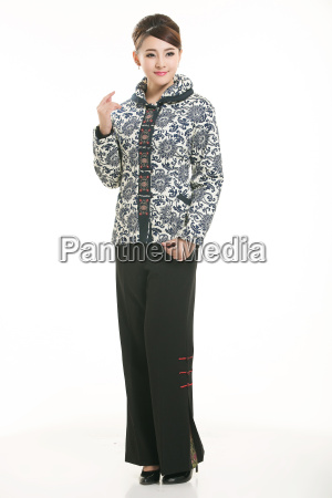 wearing, chinese, clothing, waiter, in, front - 14081637