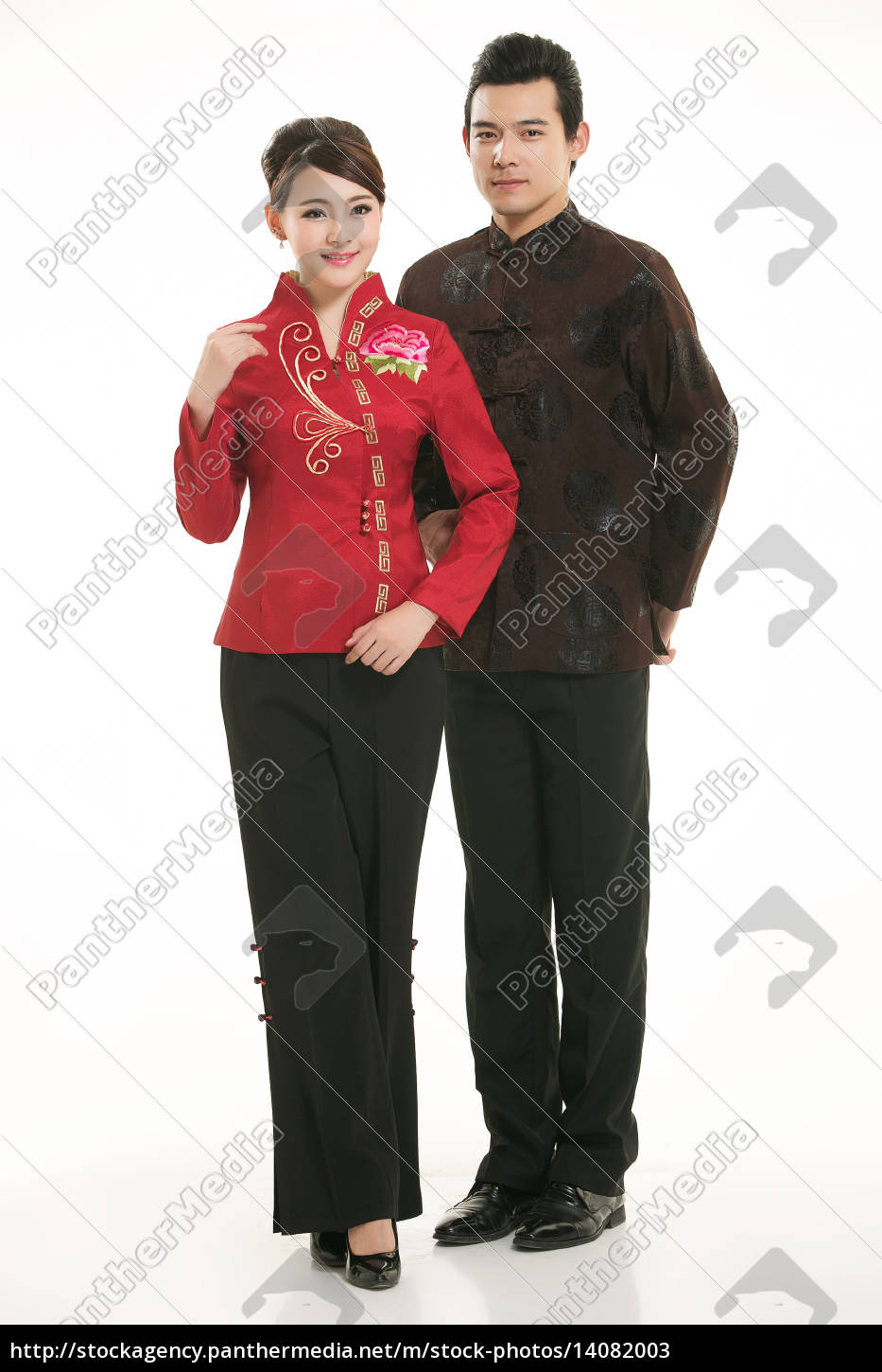 wearing, chinese, clothing, waiter, in, front - 14082003