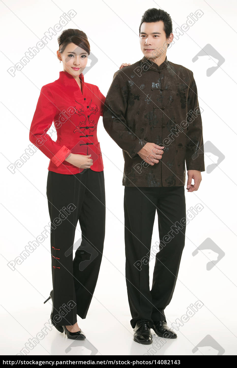 wearing, chinese, clothing, waiter, in, front - 14082143