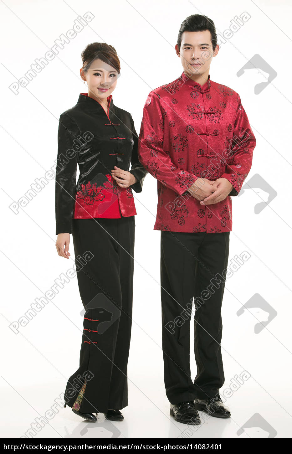 wearing, chinese, clothing, waiter, in, front - 14082401