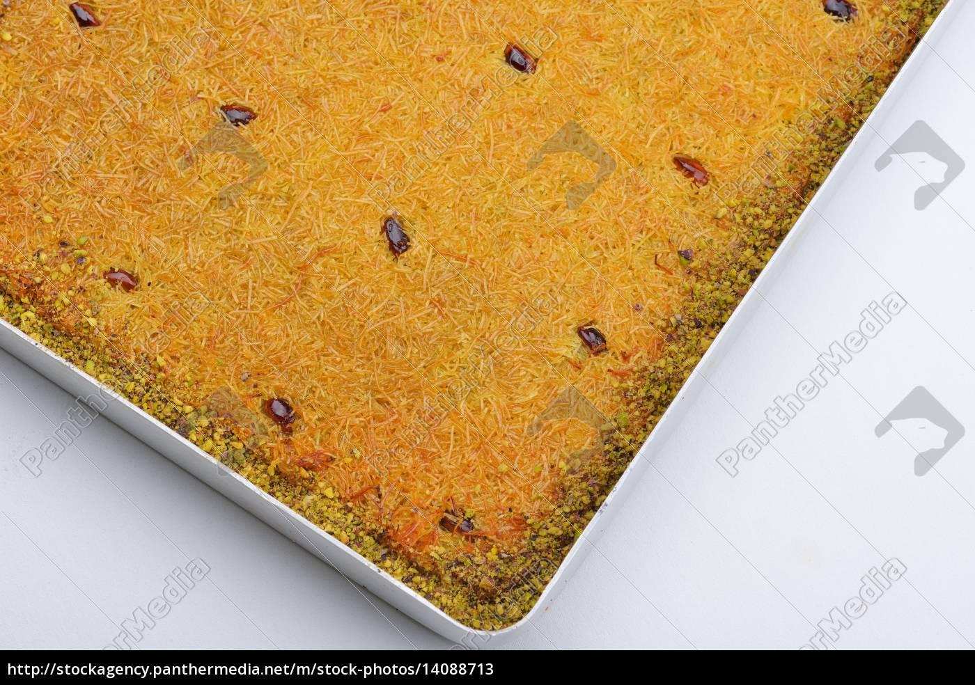 turkish, pastry, kadaif - 14088713