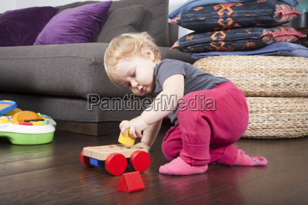 baby, playing, with, toys - 14089851