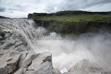 waterfalls - 14089053