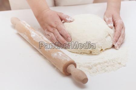 , kneading, dough - 14090465