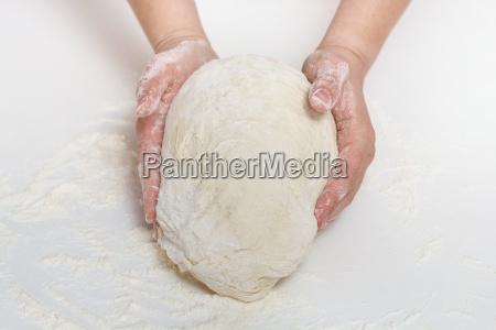 , kneading, dough - 14090487