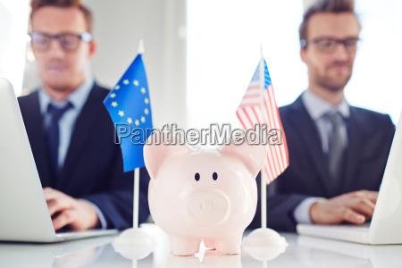 international, fund - 14090211