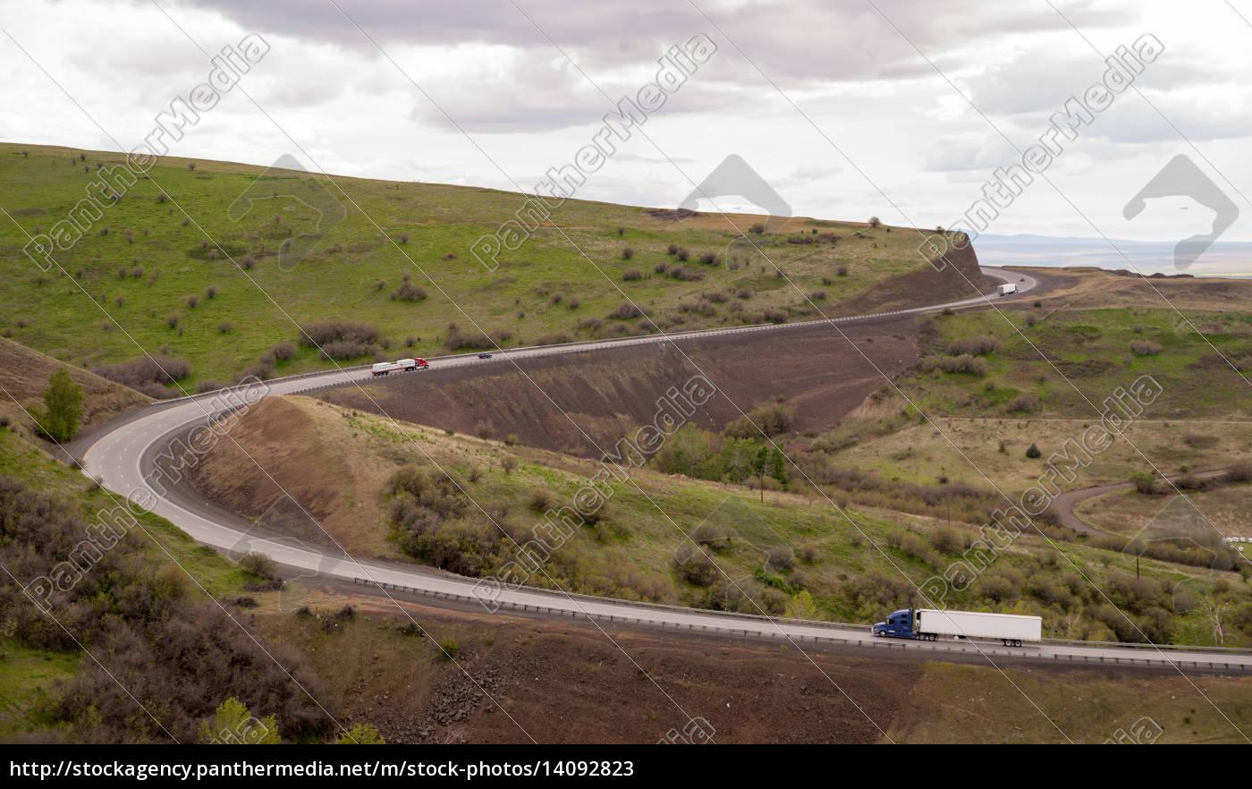 open, road, semi, trucks, travel, curved - 14092823