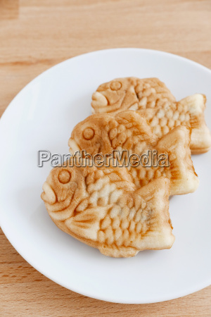 taiyaki, of, japanese, traditional, baked, sweets - 14093631