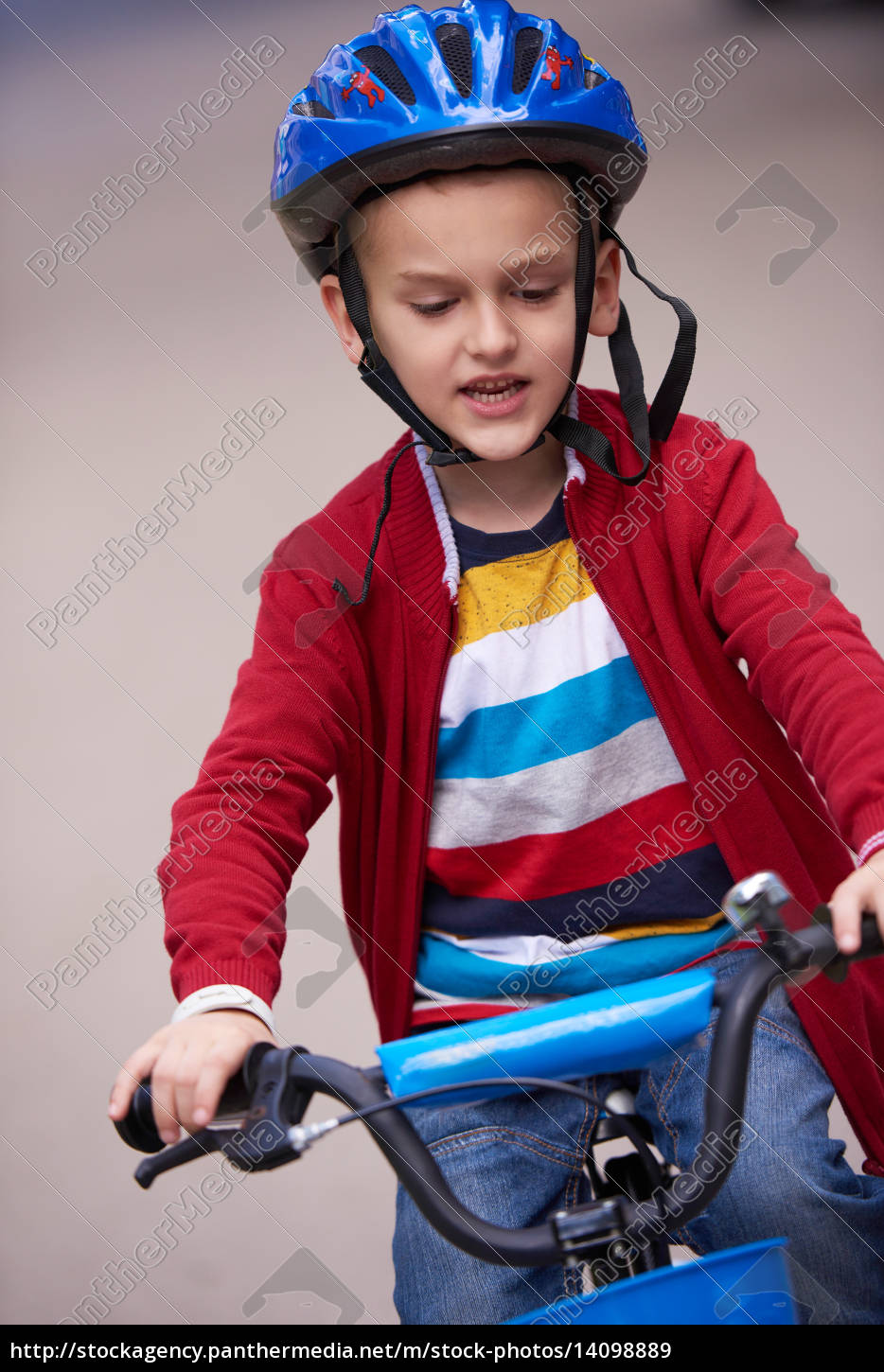 boy, on, the, bicycle, at, park - 14098889