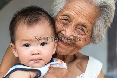 asian, grandmother, with, grandchild - 14099751