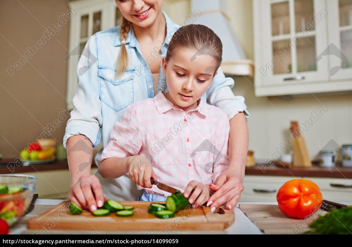girl, cutting, cucumber - 14099059