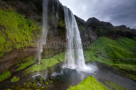 waterfalls - 14100359