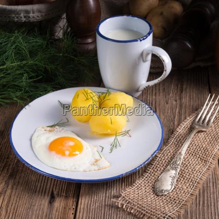 dill, potato, with, buttermilk - 14101595