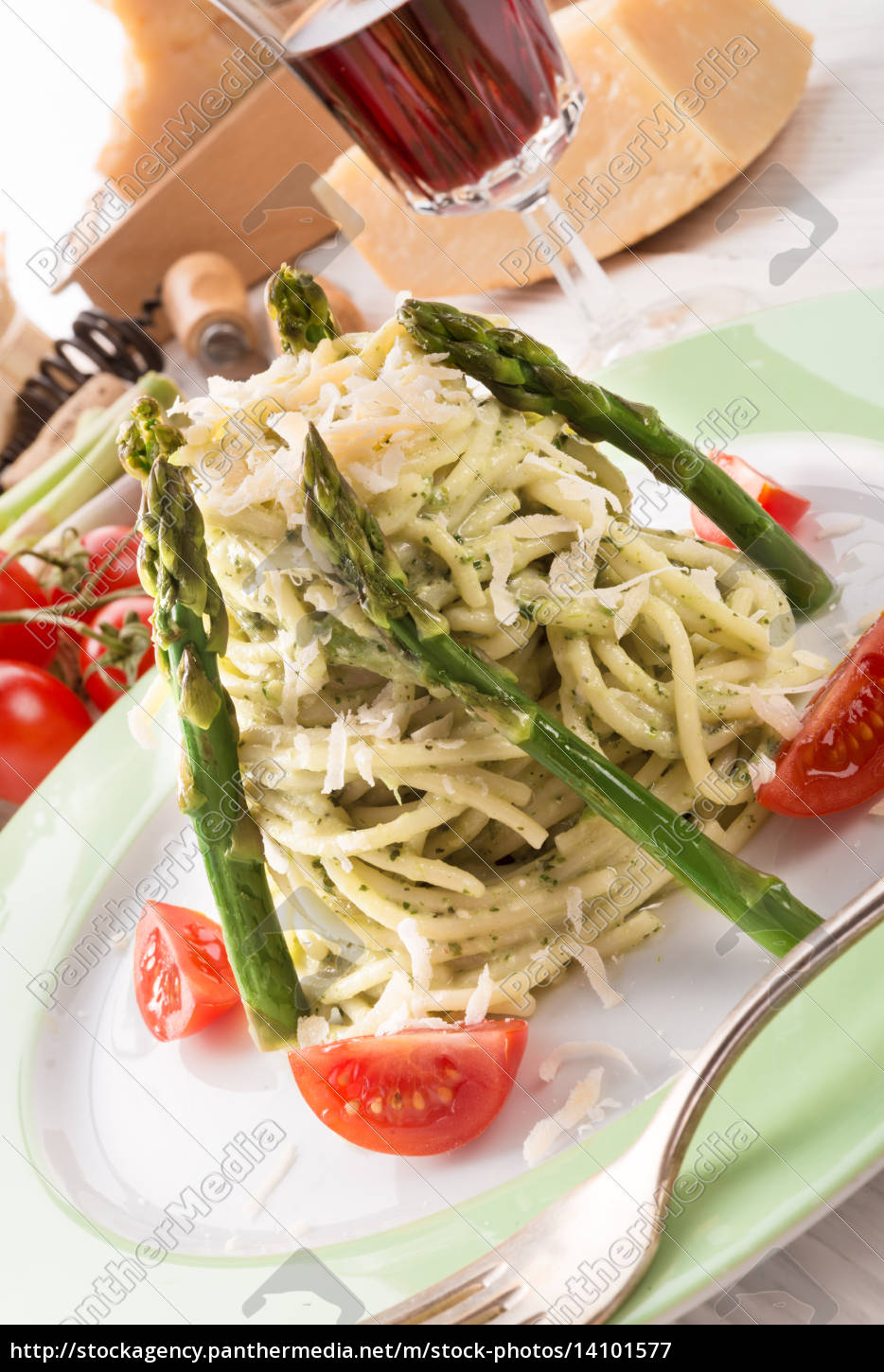 pasta, with, asparagus - 14101577