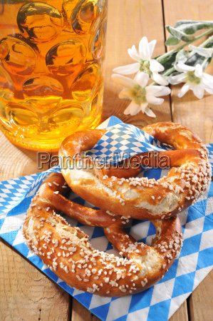 bavarian oktoberfest pretzels with beer