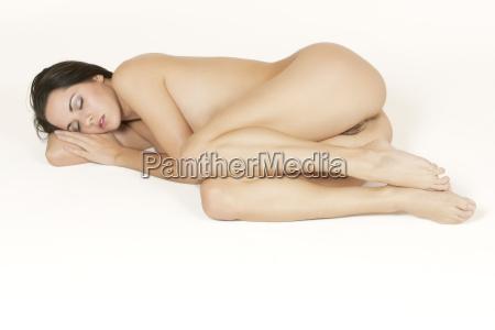 hermosa mujer de raza caucasica posando