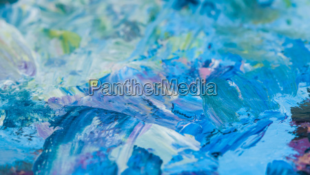 artists palette with oil paints