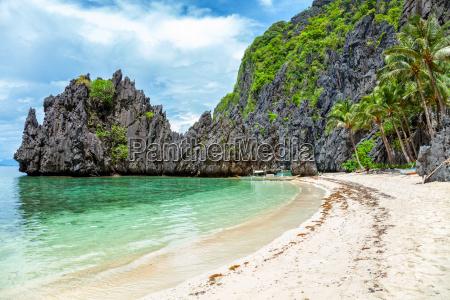 beautiful landscape in el nido philippines
