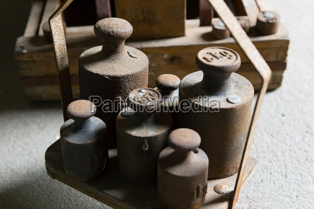 rusty weights