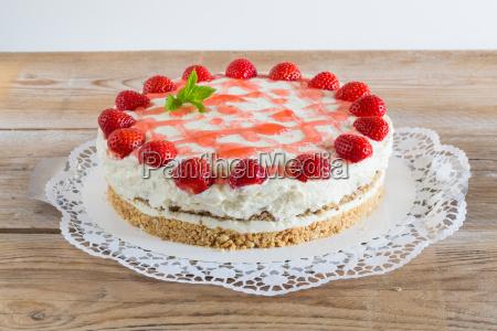 cake, strawberry, cream, cheese, on, rustic - 14307801