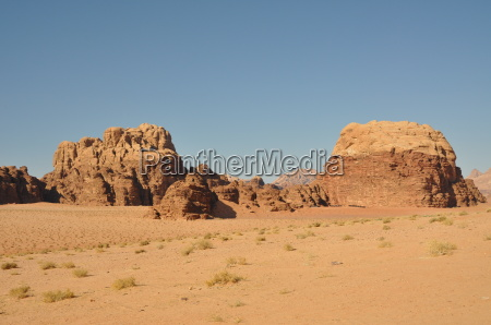 jordan rock formation in wadi