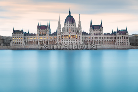 hungarian parliament building before dawn budapest