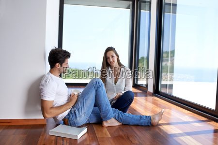 relaxed, young, couple, at, home, staircase - 14325655