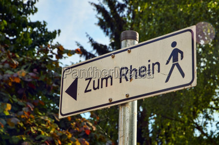 sign walk to the rhein