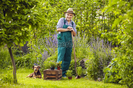 gardeners garden standing laughing