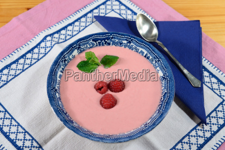 raspberry cream soup