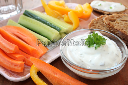 vegetable sticks with sour cream dip