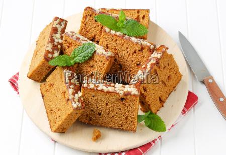 slices of spice cake
