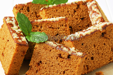 slices of spice cake