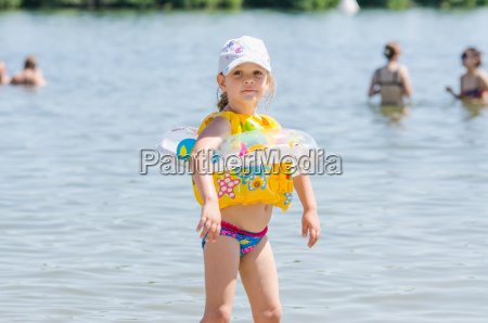 four year girl on the beach